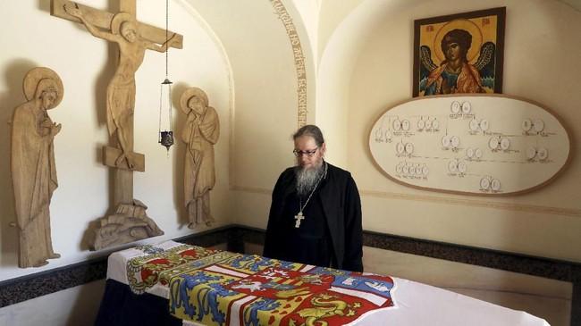 Ada pula makam Putri Alice dari Battenberg yang dikubur di sebuah gereja Ortodoks Rusia, St. Mary Magdalene, di Yerusalem. (Reuters/Ammar Awad)