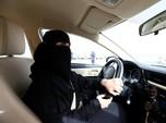 Larangan Menyetir Dihapus, Wanita Arab Rayakan Kebebasan Baru