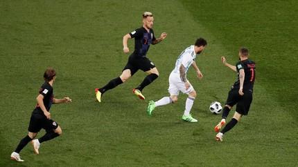 Modric: Messi Tak Bisa Menang Sendirian