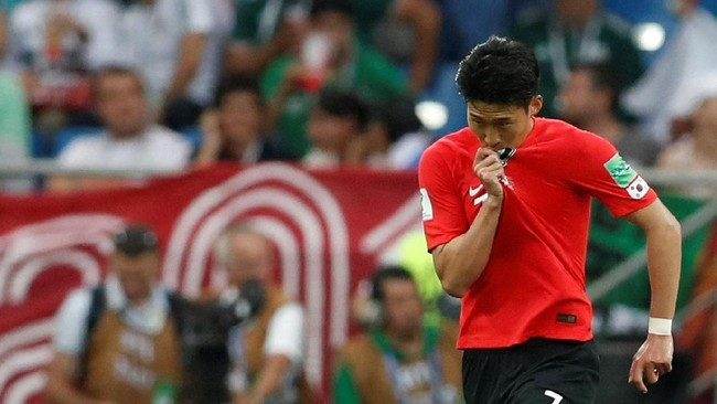 Kekalahan dari Swedia membuat Korea Selatan untuk kali keempat kalah dalam dua pertandingan pembuka di Piala Dunia. (REUTERS/Damir Sagolj)