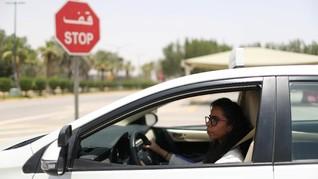 FOTO: Sekolah Mengemudi untuk Wanita di Arab Saudi