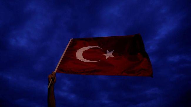 Bebaskan Pendeta Brunson, Turki Harap AS Segera Cabut Sanksi