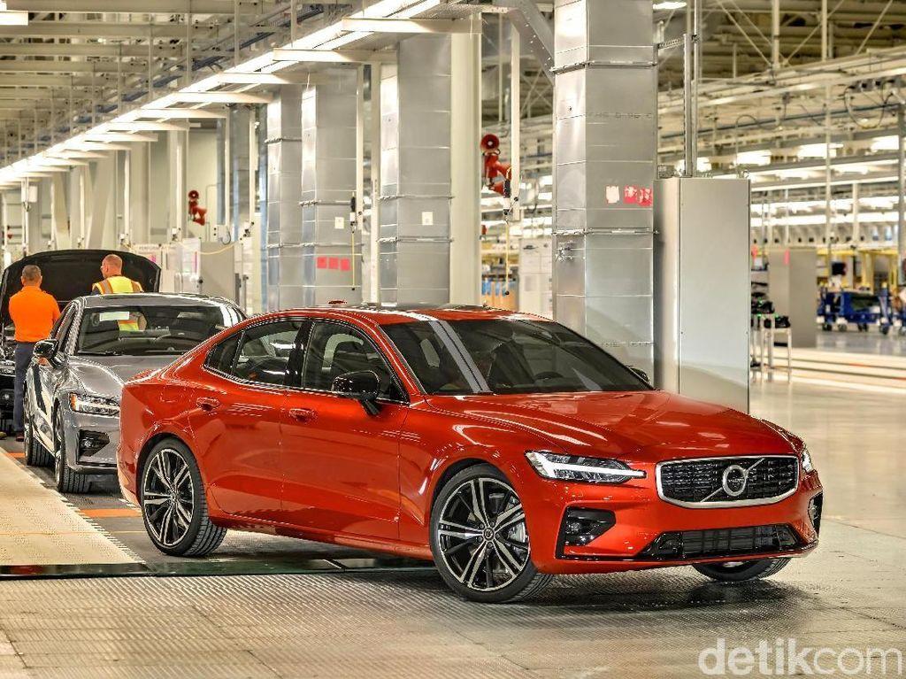 Pertama Kali, Volvo Buat Mobil di Amerika