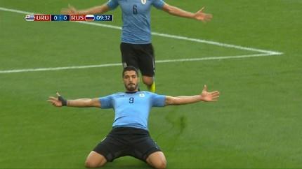 VIDEO: Uruguay Unggul 2-0 atas Rusia di Babak I