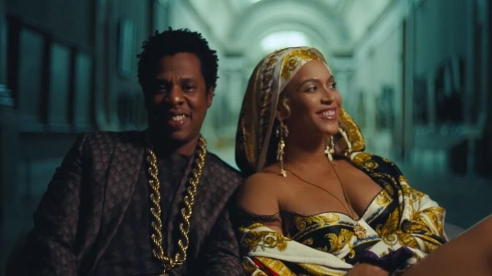 Wah, Beyonce Pakai Anting Designer Indonesia di Video Baru