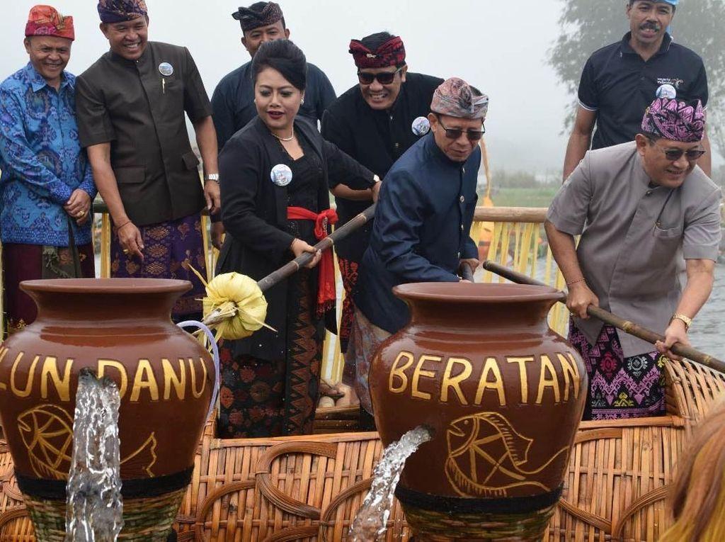 Tabanan Bali Gelar Ulun Danu Beratan Art Festival IV