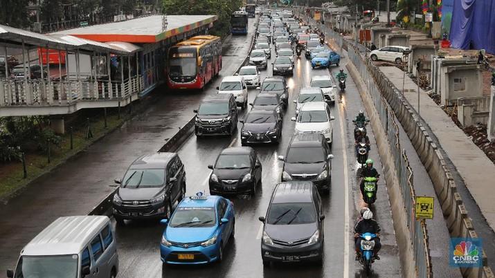 Singapura, China, Kalau Batasi Usia Kendaraan Seperti Apa Ya?