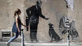 Menelusuri Jejak Misterius Banksy dan Karyanya