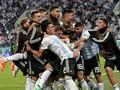 FOTO: Timnas Argentina Susah Payah ke 16 Besar Piala Dunia