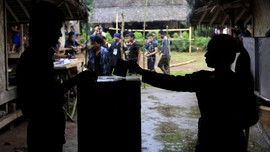 FOTO : Pilkada di Kampung Adat Baduy