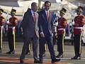Jokowi Jemput Mahathir Mohamad di Halim