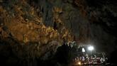 Sebanyak 12 anggota tim sepak bola U-16 dan pelatihnya terjebak di gua yang berlokasi di provinsi Chiang Rai, Thailand. (REUTERS/Soe Zeya Tun)