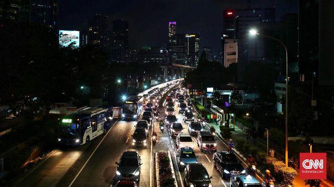 Dishub Akan Tambah Petugas Jaga di U-turn Jalan Satrio
