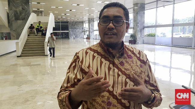 Tim Jokowi soal Seruan Rizieq: Dia Saja Bermasalah Hukum