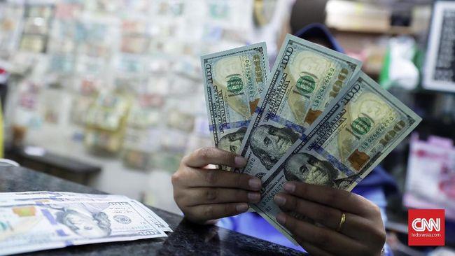 Rupiah Keok Lawan Dolar AS, Jadi Rp14.130