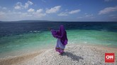 Bagi pelancong yang hobi berswafoto, Makam Karang menyediakan beragam spot untuk berswafoto yang sudah pastieksklusif.