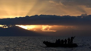 Kapal Wisatawan Tenggelam di Taman Nasional Komodo, 2 Hilang