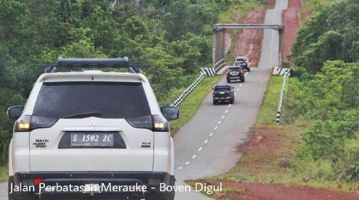 Beberapa proyek jalan dan jembatan yang dibiayai SBSN adalah pembangunan Jalan Akses Bandara Kertajati, Fly Over (FO) Gombong, Jalan Tol Solo-Kertosono yang menjadi porsi Pemerintah, Jembatan Musi IV, Jalan Nasional Sofi-Wayabula, Jalan Nasional Tapan-Batas Bengkulu, pembangunan jalan perbatasan di Provinsi NTT, pembangunan jalan trans dan perbatasan Papua, dan pembangunan jalan perbatasan Kalimantan Barat. (Biro Komunikasi Publik Kementerian PUPR)