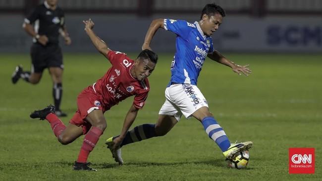 Persija meraih empat poin dari dua laga beruntun yang digelar di Stadion PTIK. Sebelum menang atas Persib, Macan Kemayoran bermain imbang dengan Persebaya Surabaya. (CNNIndonesia/Adhi Wicaksono)