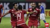 Jaimerson Da Silva melakukan selebrasi usai membobol gawang Persib Bandung dengan tendangan salto memanfaatkan situasi tendangan sudut pada menit ke-16. (CNNIndonesia/Adhi Wicaksono)