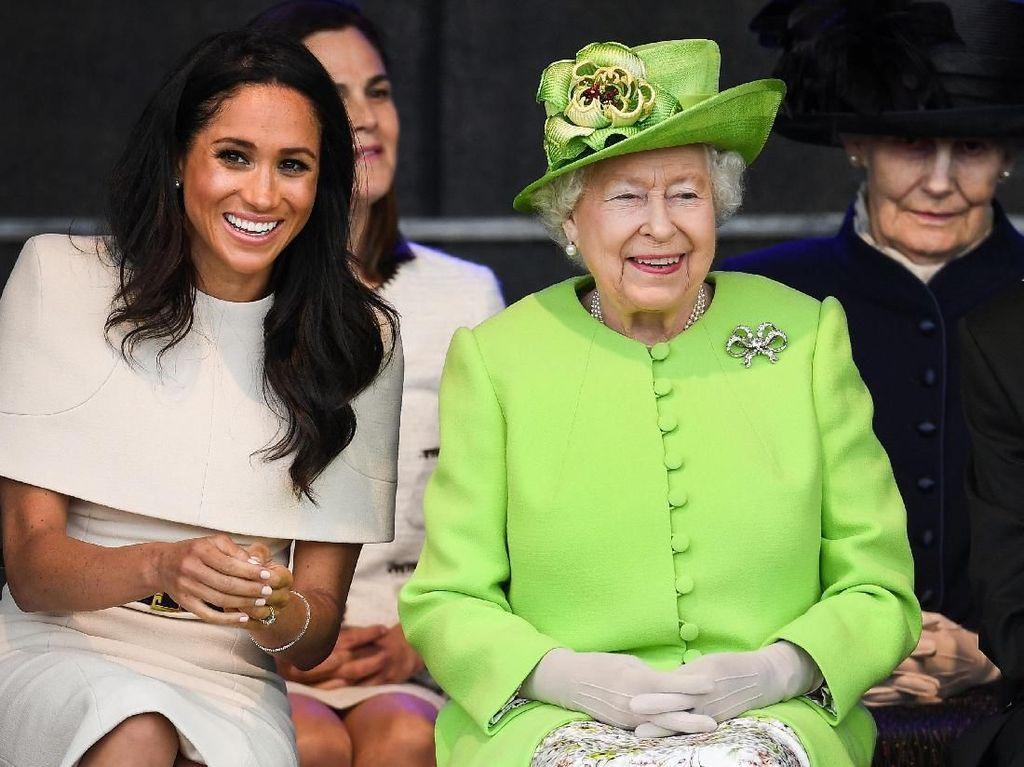6 Jenis Busana yang Tak Boleh Dipakai Keluarga Kerajaan Inggris