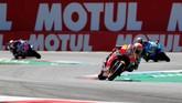 Pada akhir balapan, Marc Marquez tampil lebih konsisten dan solid sehingga mulai bisa melepaskan diri dari kejaran pebalap-pebalap lainnya. (REUTERS/Yves Herman)