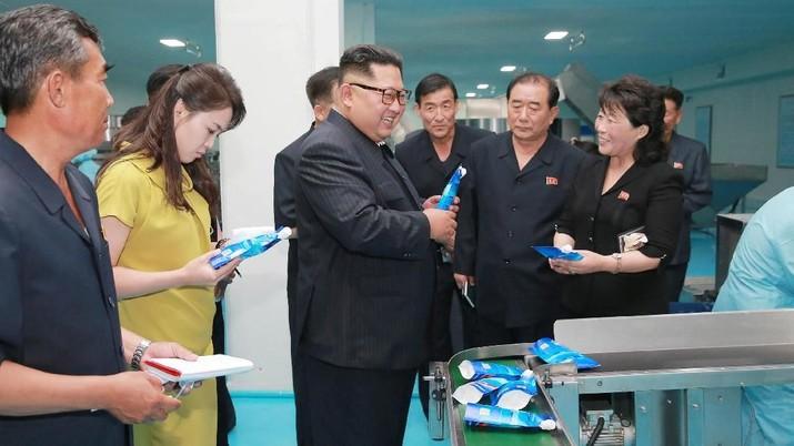 Media Korea Utara mengecam sejumlah tayangan drama dan film Korea Selatan.