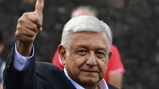 Gaya Bepergian Presiden Meksiko Buat Pusing Paspampres