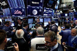 Kinerja Emiten Mendominasi, Wall Street Ditutup Variatif