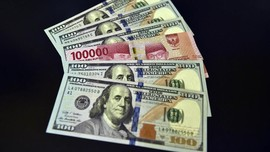 Rupiah Menguat ke Rp13.583 per Dolar AS pada Jumat Sore