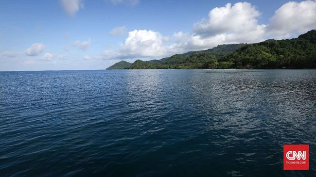 Luhut Minta Siskamling Biru Diterapkan di Seluruh Laut