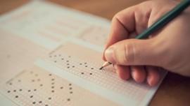 Cegah Menyontek, Pelajar India Pakai Kardus Saat Ujian