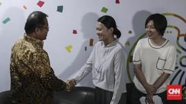 Tik Tok Rekrut 'Tukang Bersih-Bersih' Konten di Indonesia