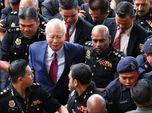 Tersangkut Kasus 1MDB, Eks PM Malaysia Najib Razak Ditahan