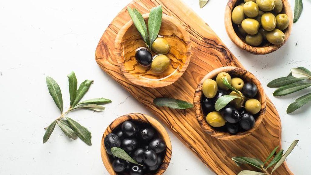 5 Makanan dan Minuman yang Bantu Cegah Perlemakan Hati