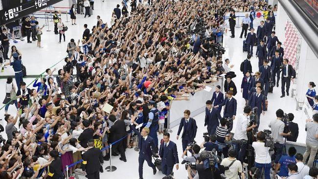 Timnas Jepang Disambut Bak Pahlawan di Bandara
