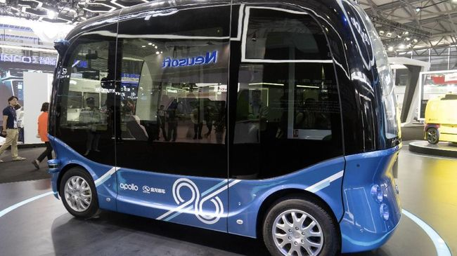 Perusahaan China Produksi Bus Otonom Pertama