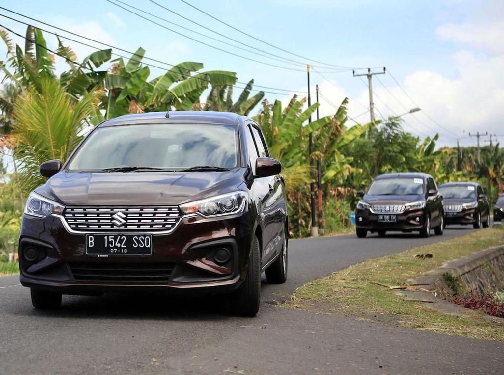 Model baru cukup mendongkrak penjualan Ertiga. Suzuki Ertiga berada di urutan ke-8 dengan angka penjualan 1.929 unit. Foto: dok Suzuki