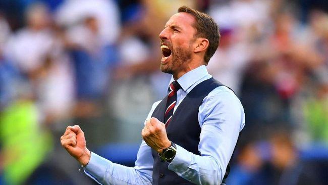 Gareth Southgate dan Rompi Fenomenal di Piala Dunia 2018