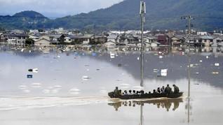 Seorang Kakek Tewas Tersapu Badai Krosa di Jepang