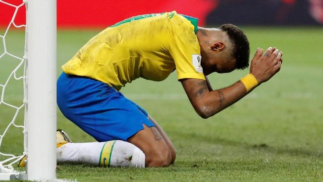 Dituding Tukang Diving, Neymar Curhat Lewat Video Iklan
