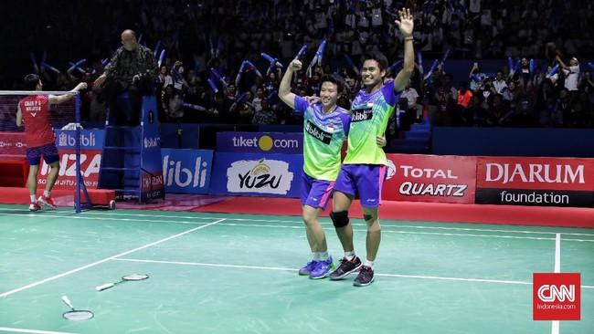 Kemenangan ini membuat Tontowi Ahmad/Liliyana Natsir sukses mengulang catatan tahun lalu saat mereka juga jadi juara di Indonesia Open.(CNN Indonesia/Hesti Rika)