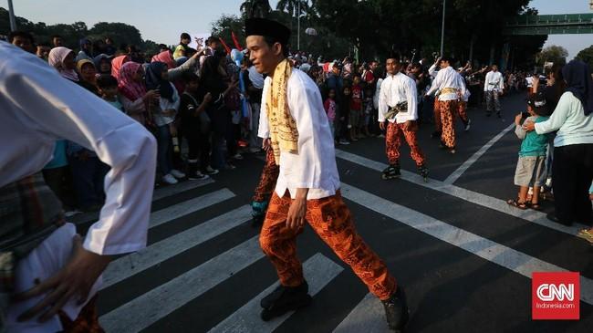 Pemerintah Provinsi DKI Jakarta menggelar Jakarnaval 2018 untuk merayakan HUT ke-491 Kota Jakarta, Jakarta, Minggu, 8 Juli 2018. (CNNIndonesia/Safir Makki)