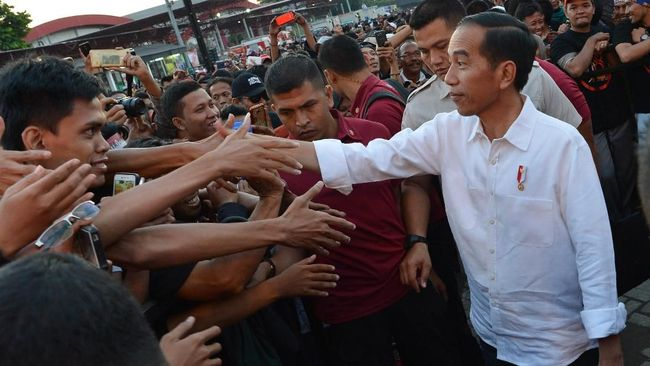 Cawapres Nonparpol, Jalan Tengah untuk Jokowi