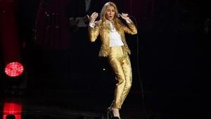 Celine Dion 'Heboh' Tirukan Adegan Romantis 'Titanic'