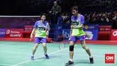 Dengan dukungan penuh dari penggemar bulutangkis Indonesia, Tontowi Ahmad/Liliyana Natsir tidak mengalami kesulitan berarti sepanjang babak final.(CNN Indonesia/Hesti Rika)