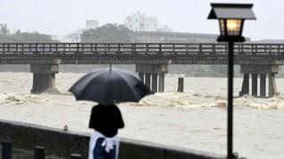 Hujan Lebat Picu Longsor, Jepang Ungsikan 800 Ribu Penduduk