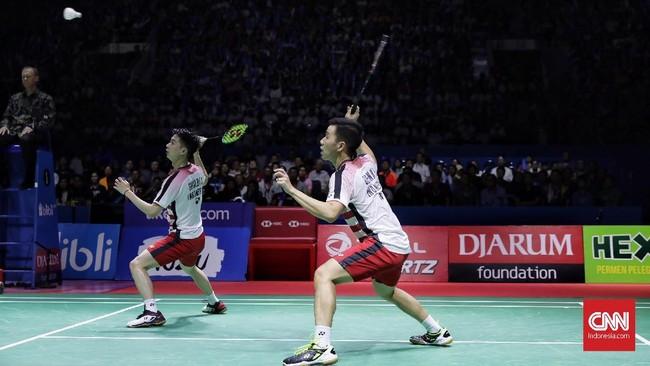 Setelah kemenangan Tontowi/Liliyana, Kevin Sanjaya Sukamuljo/Marcus Fernaldi Gideon berhadapan denganTakuo Inoue/Yuki Kaneko di final ganda putra. (CNN Indonesia/Hesti Rika)
