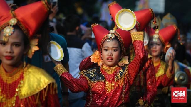 Polda Metro Jaya bakal mengerahkan 1.375 personel gabungan guna mengamankan kegiatan Jakarnaval 2018 yang digelar di Balai Kota dan Monumen Nasional (Monas). (CNNIndonesia/Safir Makki)