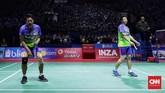Tontowi Ahmad / Liliyana Natsirmenghadapi Chan Peng Soon/Goh Liu Ying dalam laga final Blibli Indonesia Open 2018 di Istora GBK, Minggu (8/7). (CNN Indonesia/Hesti Rika)